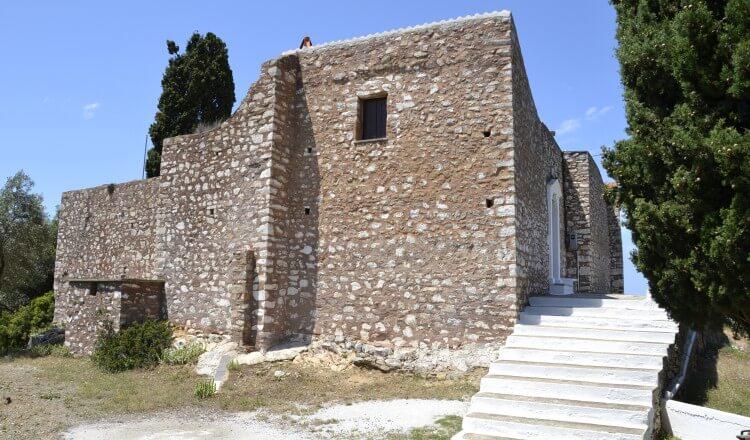 chapels and monasteries near skopelos country villas
