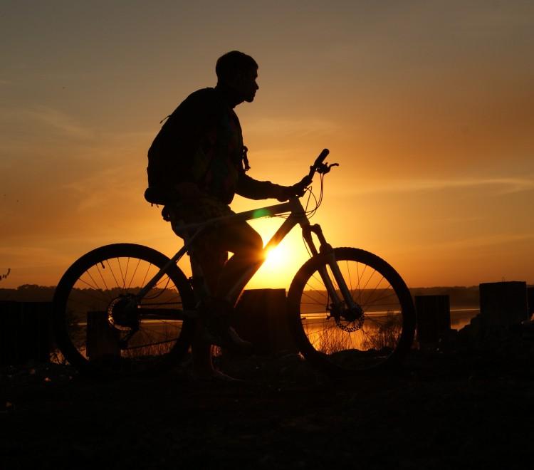 Mountain biking around Skopelos country villas