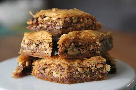 Christmas traditions in Greece - Baklava Sweets