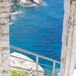 Mamma Mia Chapel skopelos - entrance - afraid of heights?